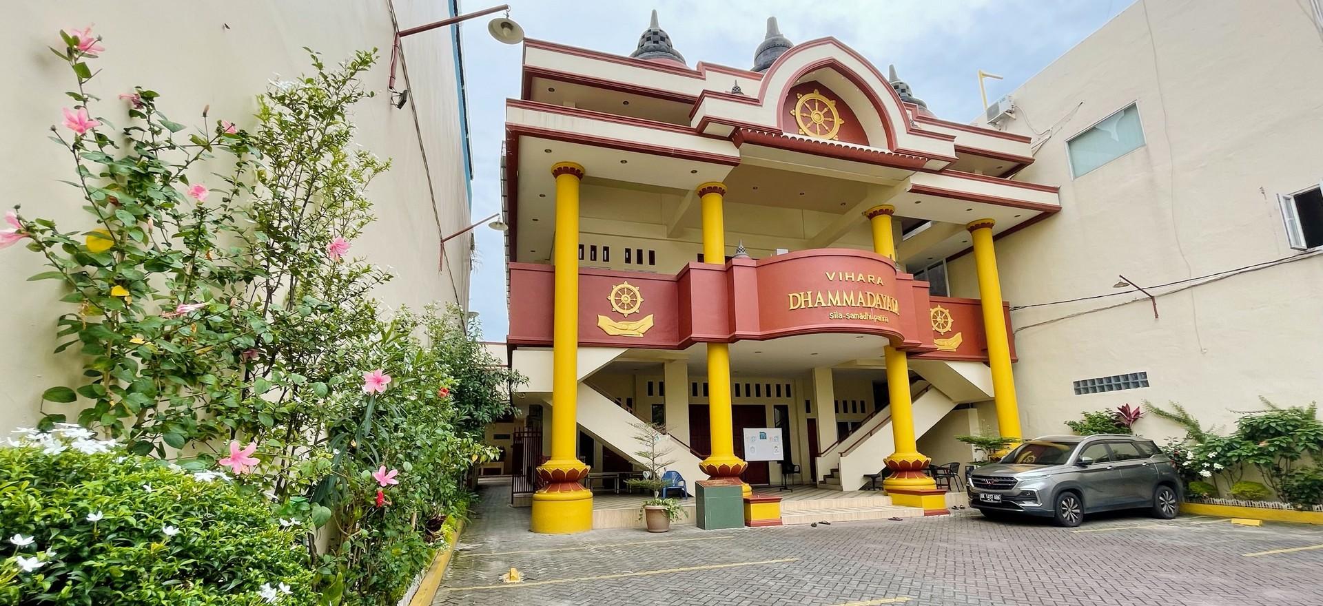 Vihāra Dhammadāyāda